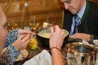 almhuette,hotel,cristal,munich,kaese,fondue