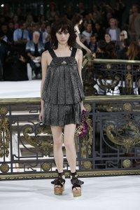 john,galliano,fashion-week,paris,black,glitter,dress