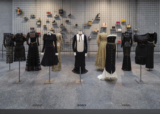 Karl Lagerfel Couture in der Bundeskunsthalle