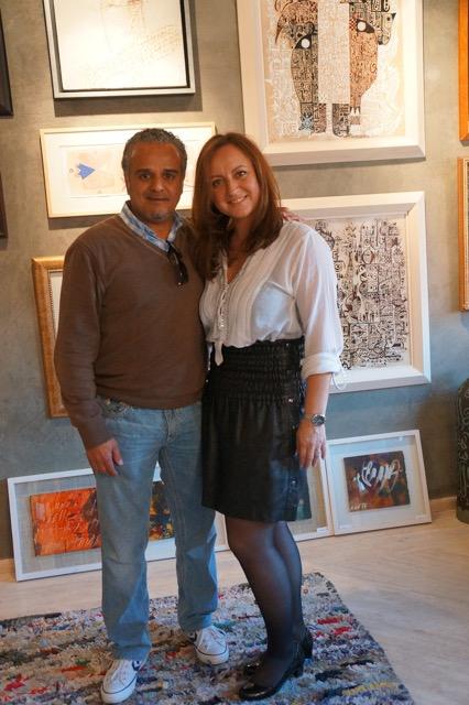 Michaela Massur  leitet die Galerie,Ihr Verlobter ist der Inhaber.