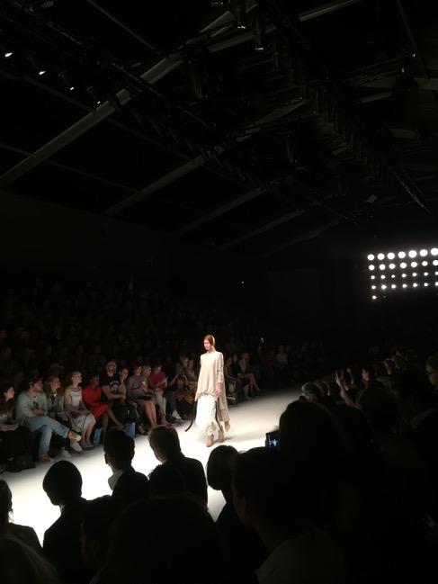 die show von annelie schubert auf der mercerdes benz fashion week